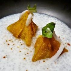 Dessert wontons in tapioca