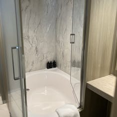 Shower with full soaking tub