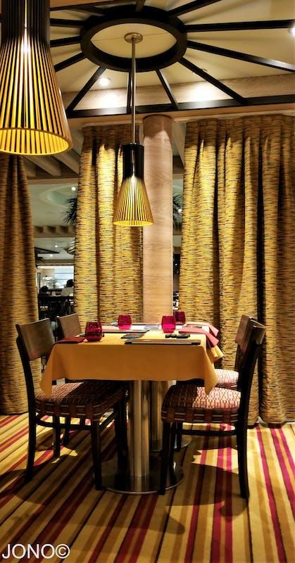 Carnival Sunshine, Dining, JiJi Asian Kitchen