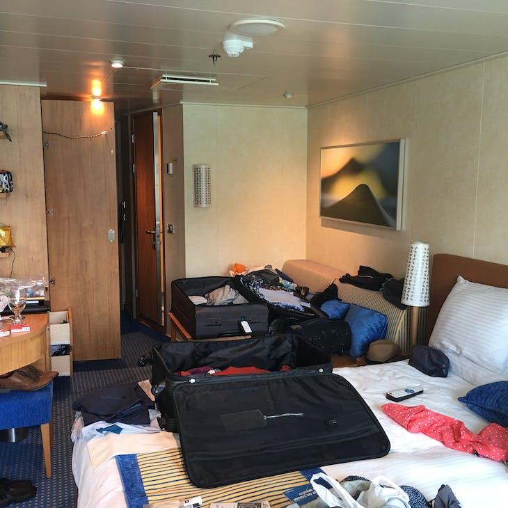 Carnival Vista cabin 2306