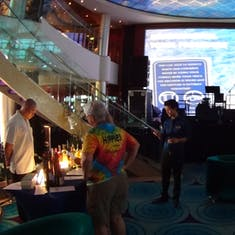 Lobby/atrium with stage and bar