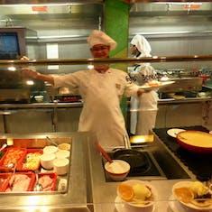 Lido Buffet - Breakfast Eggs Benedict your way
