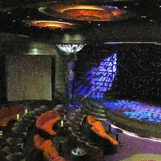 Queen's Lounge - Theater - Decks 4 & 5