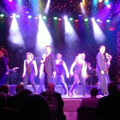 Queen's Lounge Entertainment