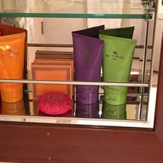full sized bathroom products by ETRO