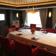 specialty dining option - Vintage Room