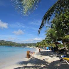 Mahogany Bay free beach