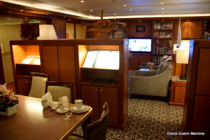 Port Canaveral, Florida - Neptune Lounge
