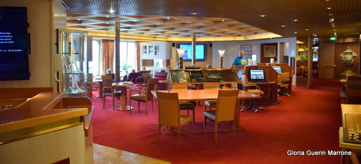 Port Canaveral, Florida - Library - Computer Stationstation