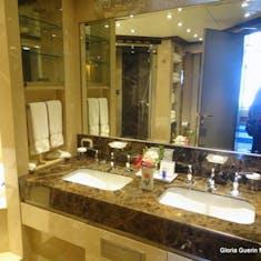 Port Canaveral, Florida - Bathroom in Suite