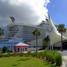 Port Canaveral, Florida - Bed