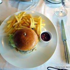 Mushroom Burger - Lunch in La Fontaine Restaurant