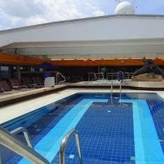 Lido Pool Mid Ship - Dome