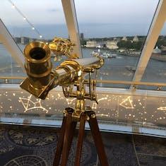 Explorer's Lounge telescope