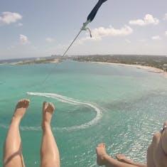 Nassau, Bahamas - Parasailing in Nassau with Adventure Parasail