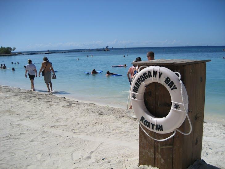 Mahogany Bay, Roatan, Bay Islands, Honduras - On the beach