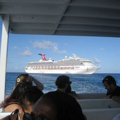 George Town, Grand Cayman - Glory from tender