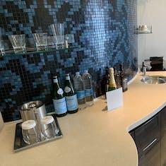 Bar in the Norwegian Breakaway Deluxe Owner's Suite (Category H2)