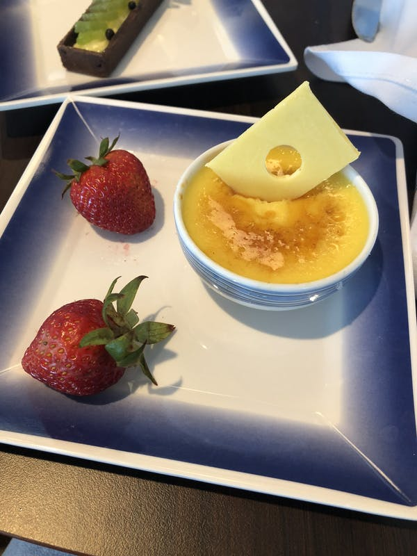 Tiny brulee in the buffet - Norwegian Joy