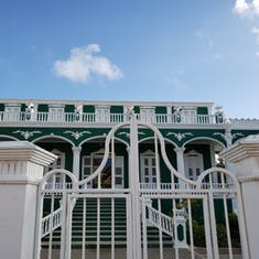 Willemstad, Curacao - Trolley Train Tour - Wedding Cake House