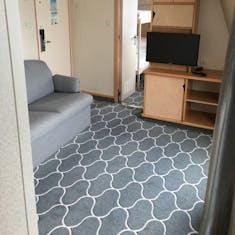 Sitting Area Cabin 8500