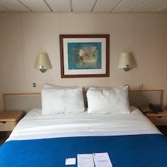 Main Bedroom Cabin 8500