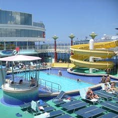 Pearl pool area