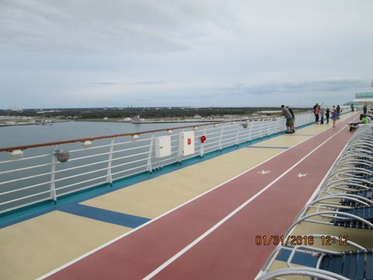 Jogging / Walking Track - Freedom of the Seas