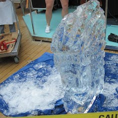 ice sculpture demonstration