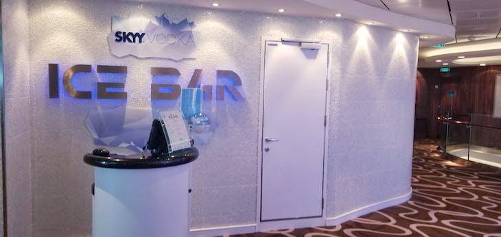 Norwegian Getaway, Bar, Ice Bar