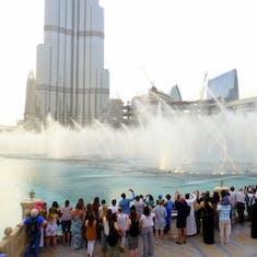Mall od Dubai Water Fountain Show Set to Music
