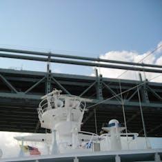 Cape Liberty (Bayonne), New Jersey - Cutting it close with the bridge