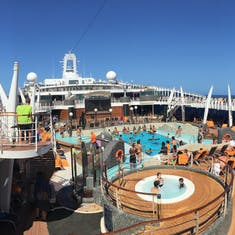 Divina Pool Deck Panorama
