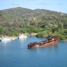 Mahogany Bay, Roatan, Bay Islands, Honduras - Oh Ship !