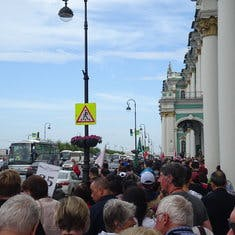 The line to get into the Hermitage